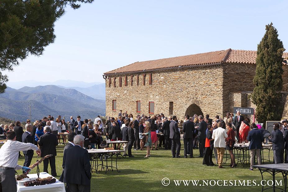 Fotografo bodas Girona Cadaqués bodegas Martín Faixó masia Perafita