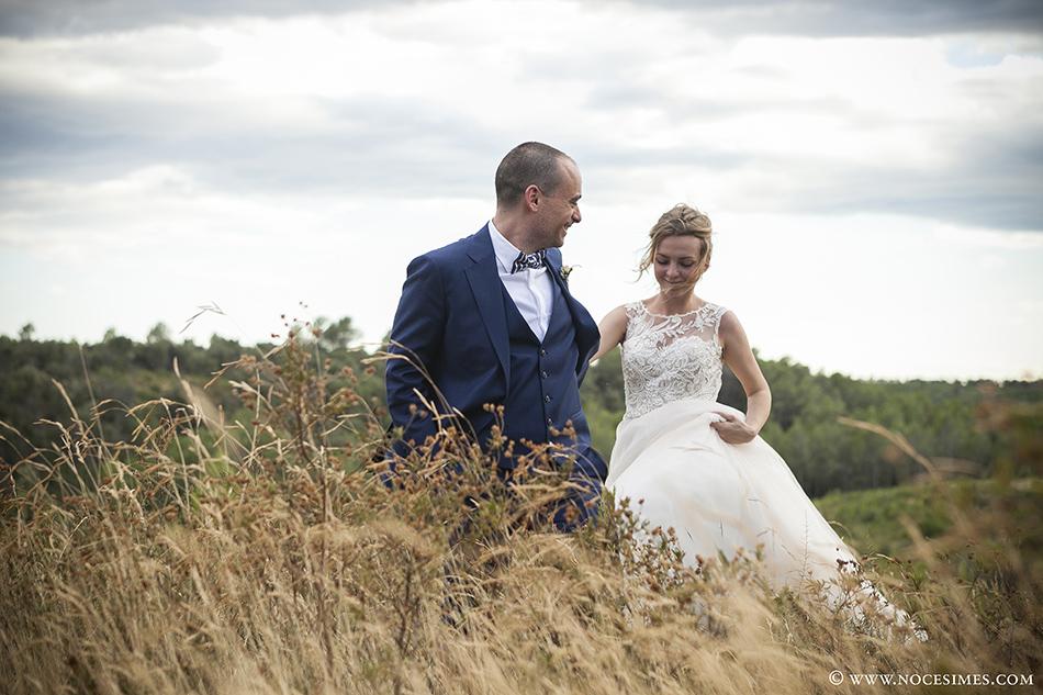 novios boda en el mas oliveres