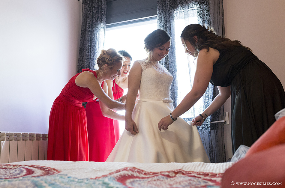 nuvia vestit fotograf casaments girona