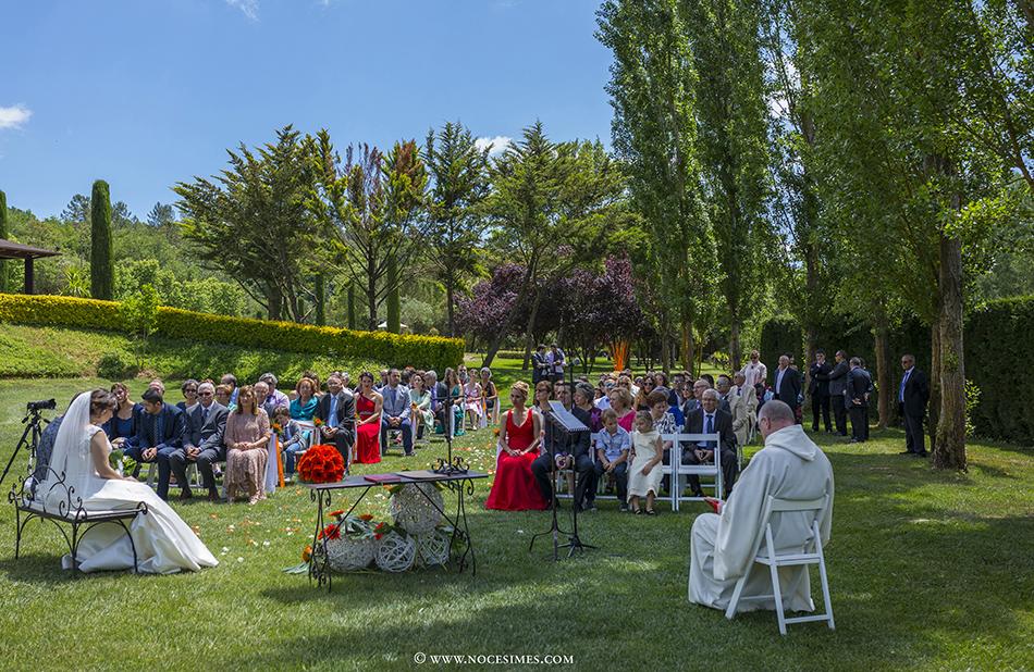 cerimonia jardi de calders fotograf casaments girona