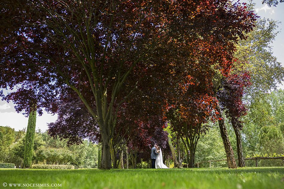 romantic nuvis jardi calders fotograf casaments girona