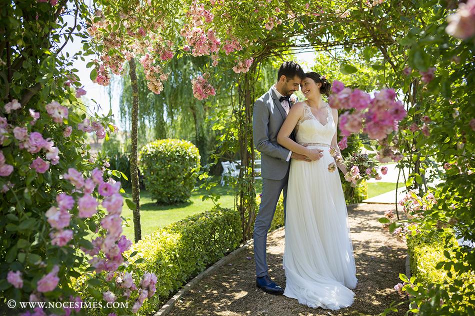 sessio romantica nuvia fotograf casament al mas carreras