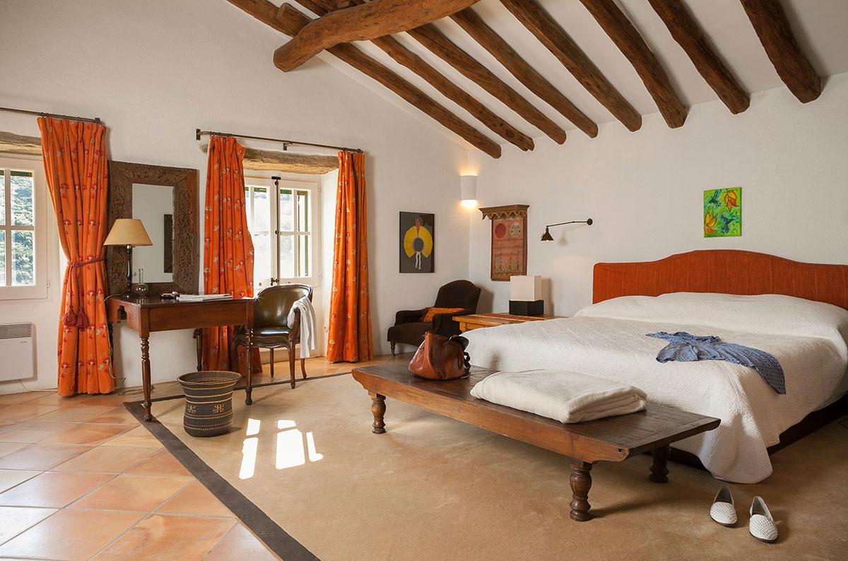 dormitori d´una masia a Cadaques