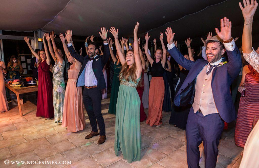 coreografia del convidats a la festa