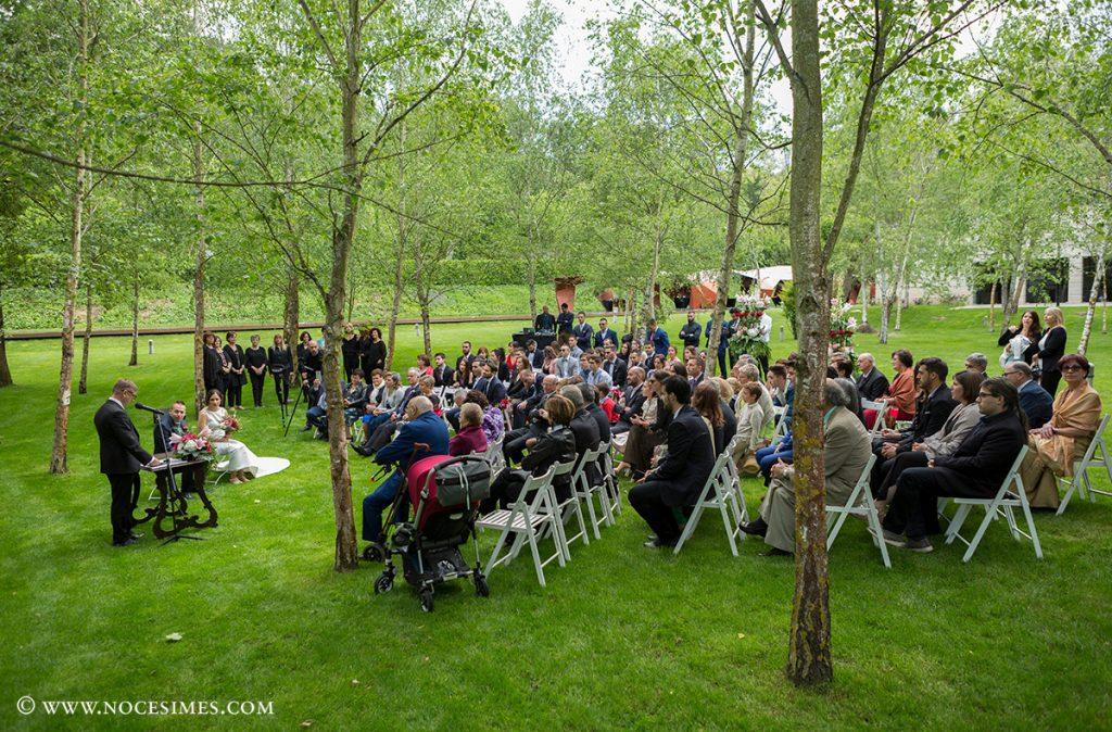 ceremonia de boda al jardi del lotus blau