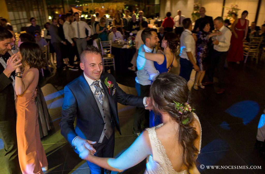 ball i festa al lotus blau